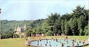 Fontänten på baksidan som av barnen förvandlades till en fantastisk swimmingpool. Många lärde sig simma här och hade aldrig haft möjligheten utan Mirandas fontän/pool.