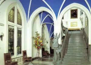 Lobbyn i Chateau Miranda på tiden då det begav sig. Oerhört mäktigt.